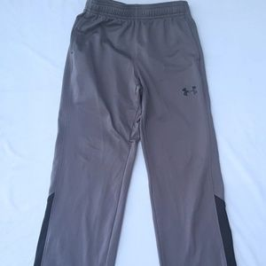 Under Armour boys YSM basketball pants w/pockets